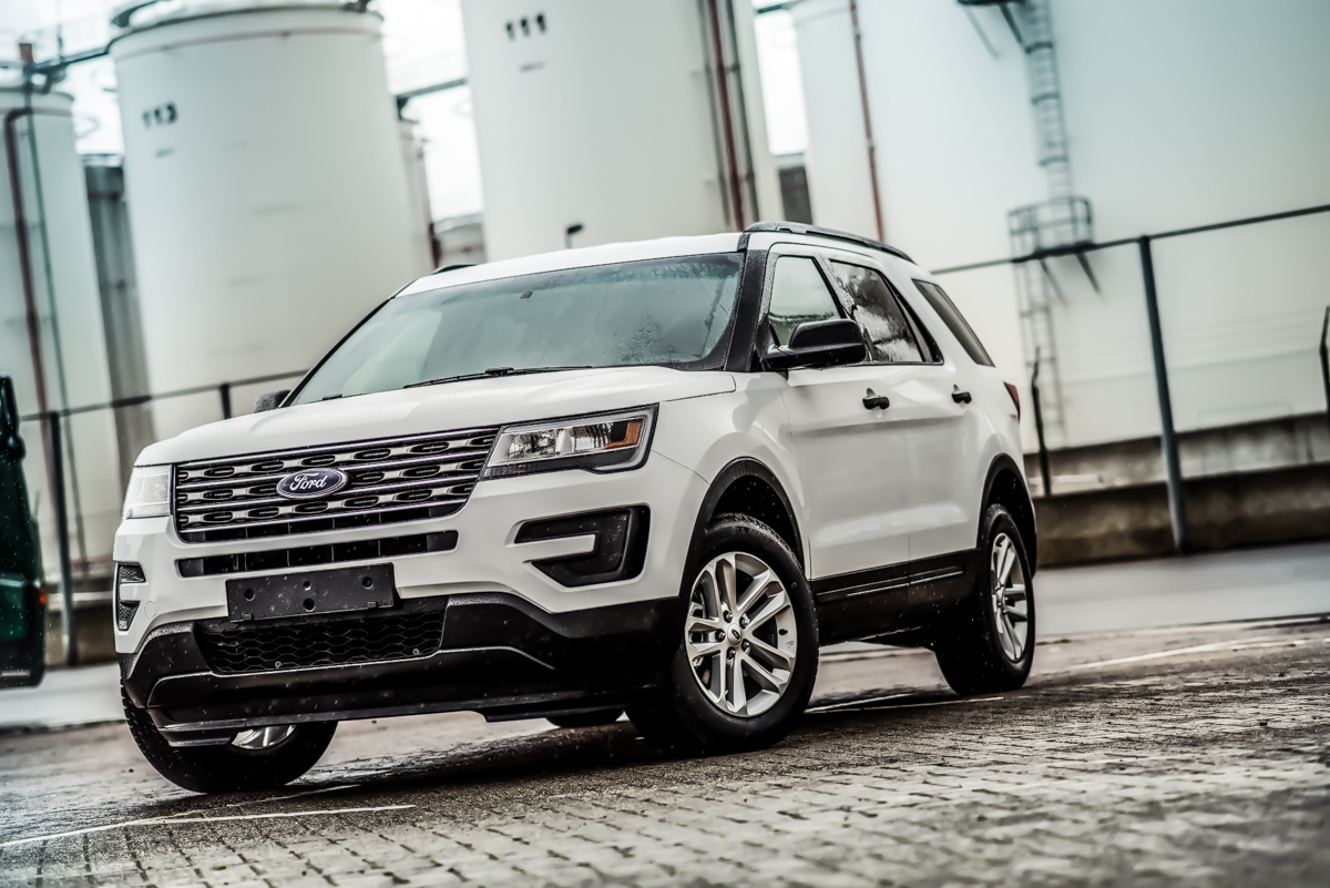 FORD EXPLORER BASE 2.3L ECOBOOST 4WD LHD – Ex-stock Antwerp